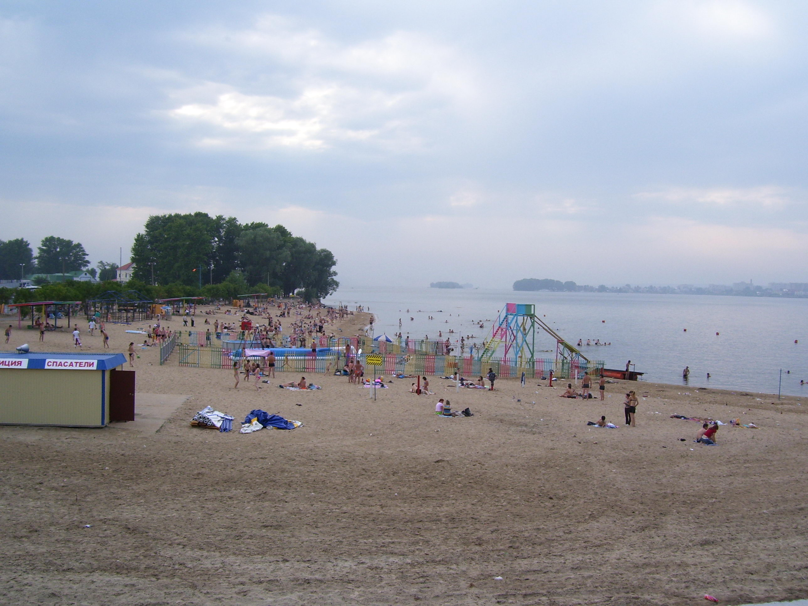У берега Локомотив вКазани разрешили построить вертолетную площадку илодочную станцию